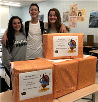 Spanish Honor Society Helps to Feed Others for Thanksgiving photo 2